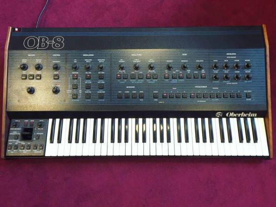 Oberheim OB-8 - Vintage Synthesizer 80s Synth Keyboard