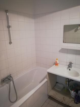 Vermiete Wohnung zu Wohnzwecken oder als Büro in Rathausnähe, 1080 Wien