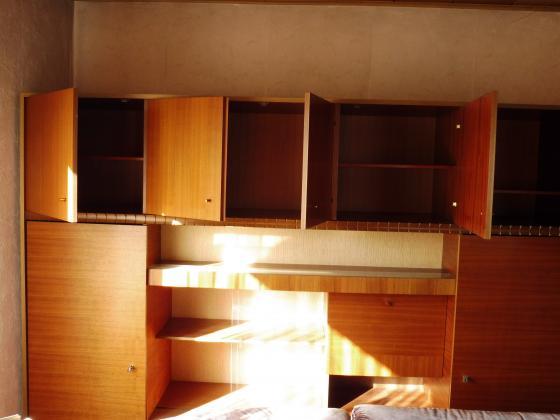 Wohnzimmer Schrank Nuss