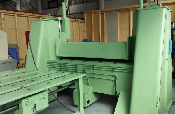 CNC - Schwenkbiegemaschine