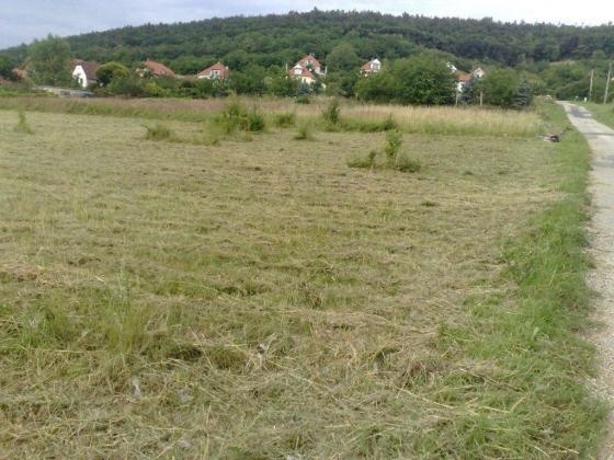 Wunderschönes, sonniges, voll aufgeschlossenes Baugrundstück in Ungarn zu Verkaufen