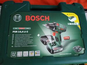 Bosch Akkubohrschrauber PSR 14,4 LI-2, 2 Akkus mit 2,5Ah, Ladegerät, Koffer, Bit