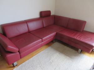 Verkaufe sehr schöne couch aus Leder