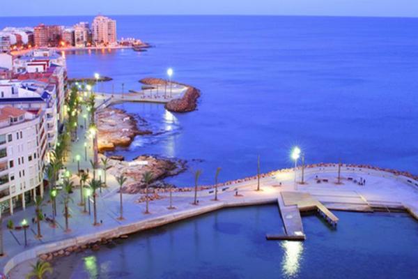 ACHTUNG!  In diesem Jahr: Sylvester an der Costa Blanca unter Spaniens Sonne.