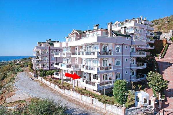 Eine atemberaubende 3-Zimmer-Wohnung in der Ruhe des ländlichen Alanya/Demirtas mit freiem Meerblick.