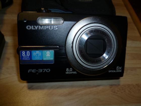 Olympus FE-3708.0 mit 8 Mega Pixel Digitalkamera Nr 60  Verkaufe