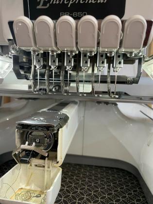Brother PR 650 Stickmaschine, 1kopf, 6 Nadeln