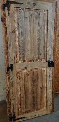 Türen aus Altholz mit Retrobeschlägen - ALLDECO aus Polen