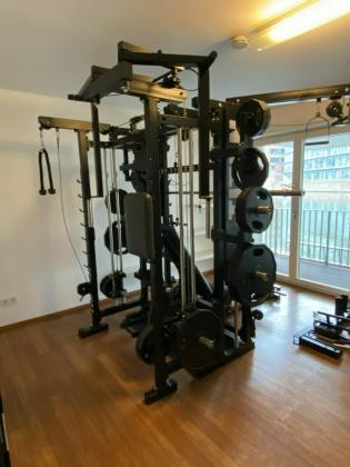 TITAN (jetzt TYTAX) T1-X - Home-Gym mit Multipresse, Power-Rack incl. Gewichten