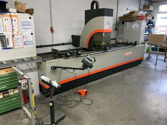 CNC Bearbeitungszentrum Stab Elumatec SBZ 122/30 mit Längenmessung